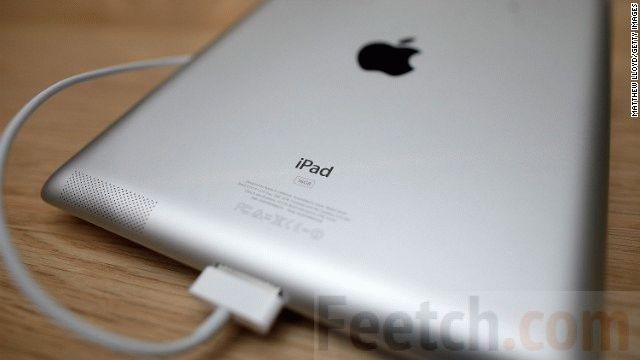 iPad заряжается от зарядного устройства