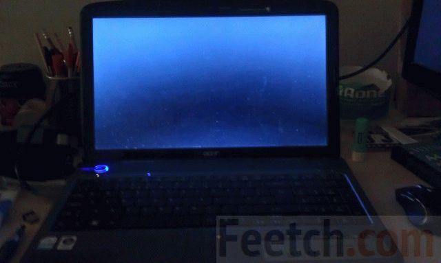 Тусклый экран ноутбука